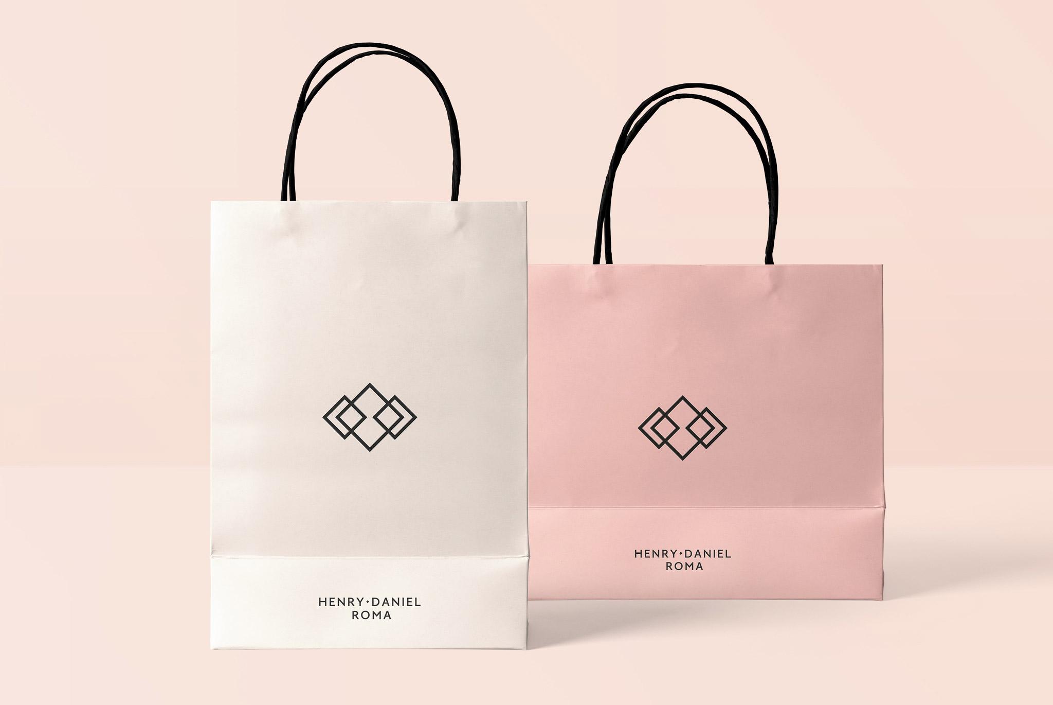 Henry Daniel Roma Packaging